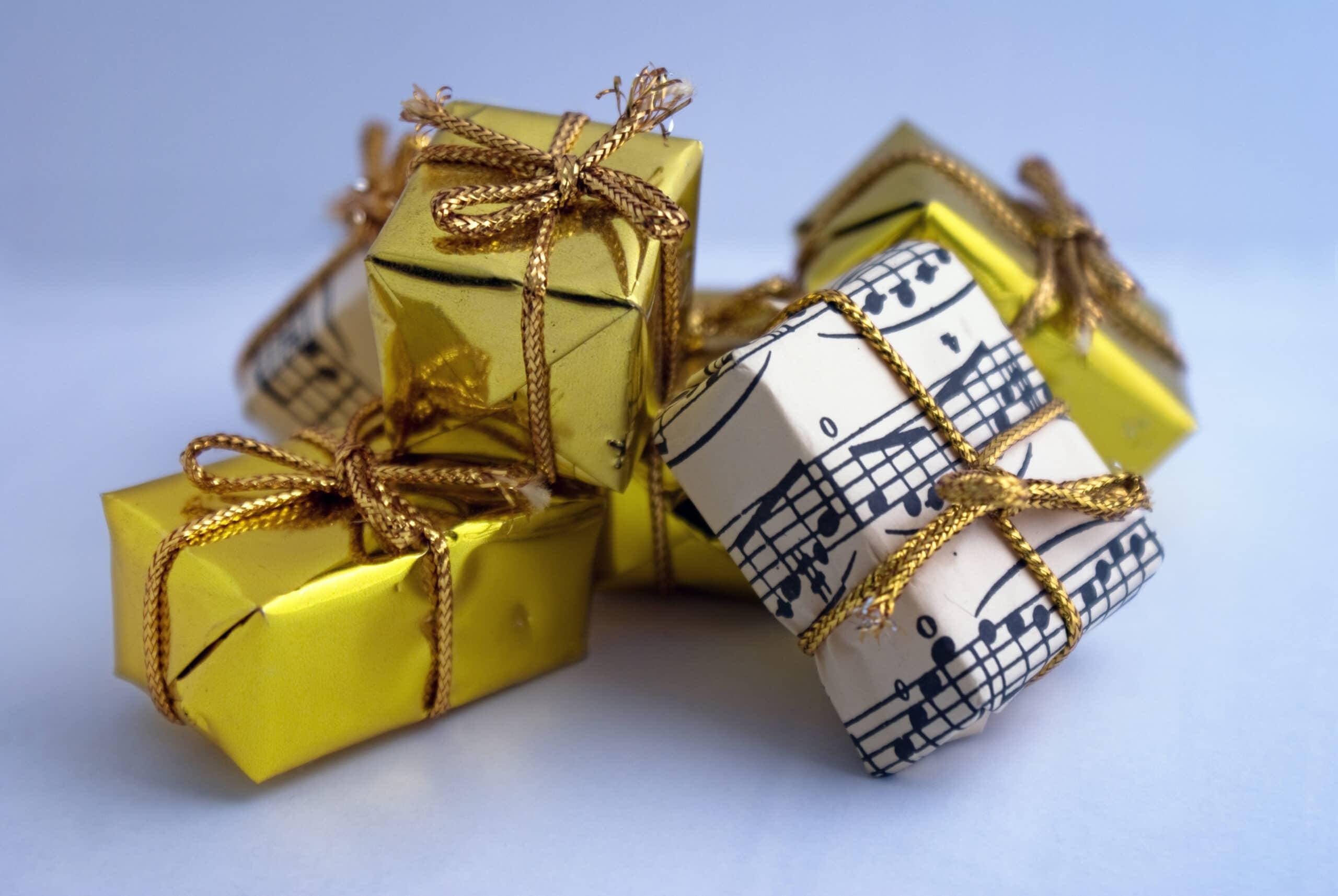 https://www.enlared.biz/wp-content/uploads/2012/07/regalos-cosas-gratis.jpg