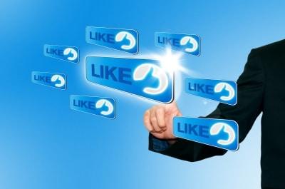"""Como conseguir seguidores y """"Me gusta""""  reales en Facebook"""