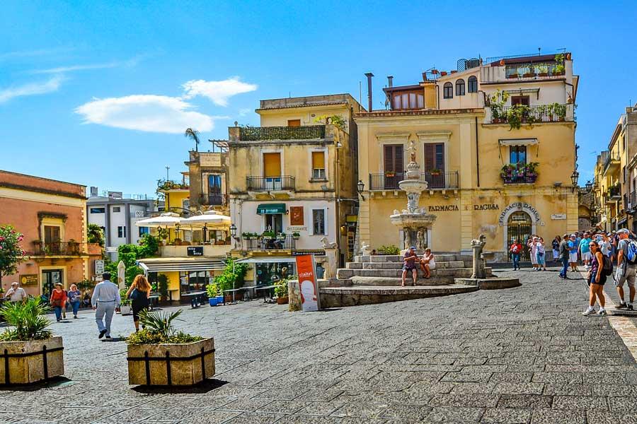 Visita virtual de Taormina, ciudad de Italia