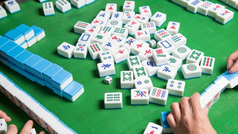 jugando-mahjong